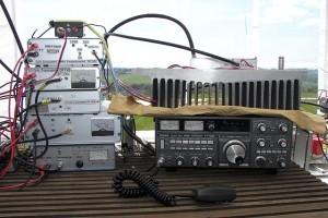 Blick auf einige der Mikrowellenstationen (hier 13 , 9, 6 und 3cm